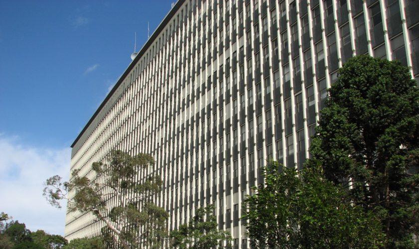 monash_university_menzies_building